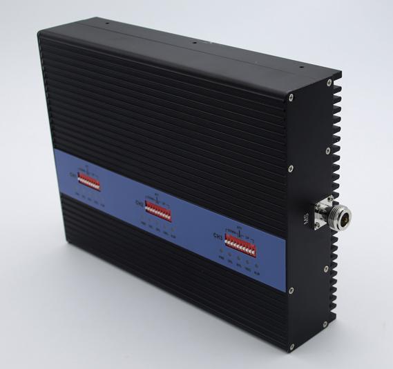 Трехдиапазонный репитер GSM